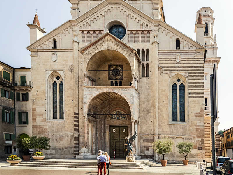 Verona Cathedral: Verona tour guide